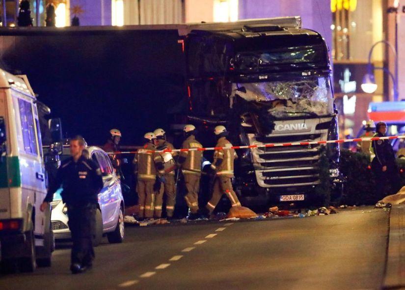 Un camion fonce dans un marché de Noël à Berlin : Au moins 9morts